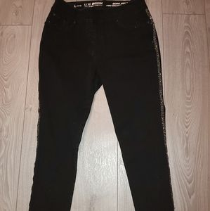 Luxe denim size 14 to 16 stretch
